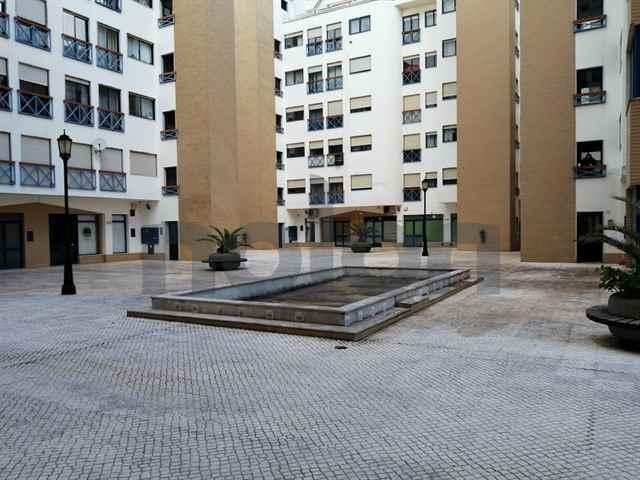 Lojas no Pateo AldeGalega | Montijo - 115860