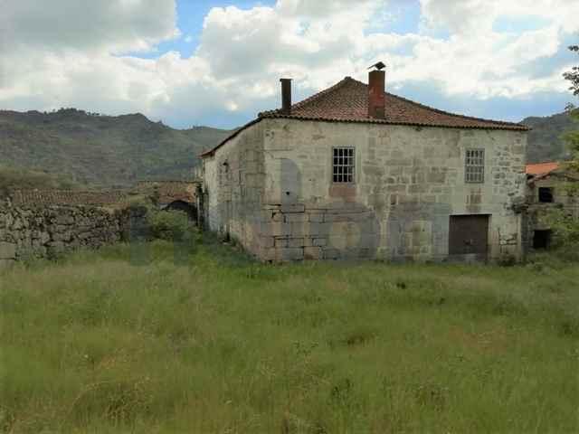 Moradia Isolada, Carrazeda de Ansiaes - 113101