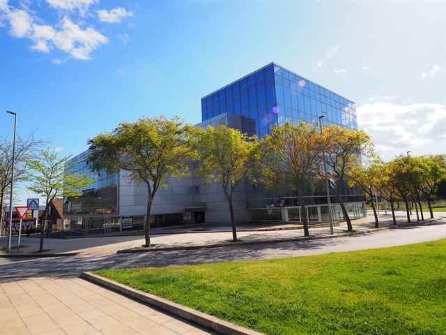 Les Fonts Office Building - 119182